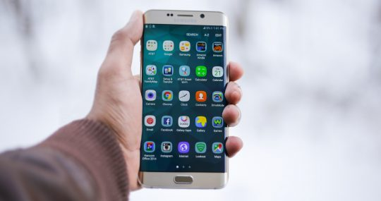 Choosing Between Mobile Phone Brands: Which one will be best for your business?